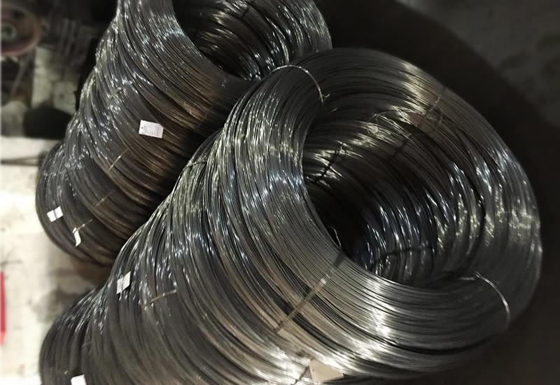 01 bobinas de matérias-primas