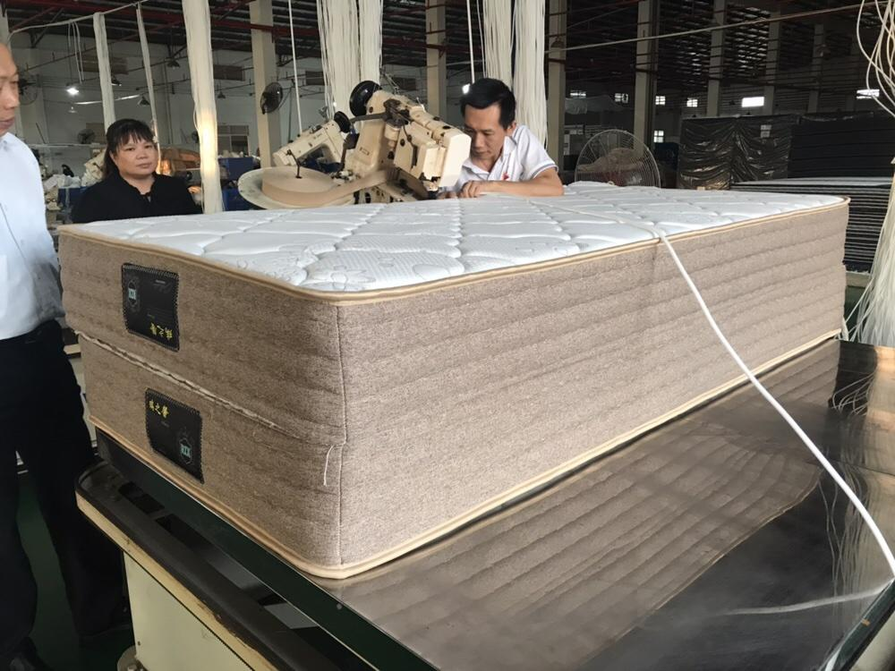 luxury continuous coil spring mattress compressed Rayson